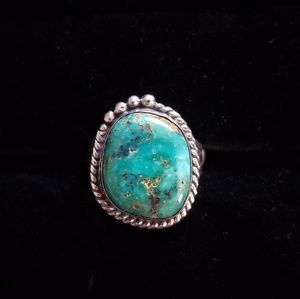 Jewelry - Gorgeous green hues turquoise ring size 9.5